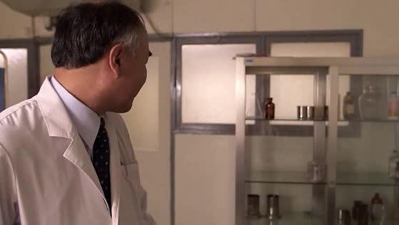 【椎名ゆな】人体実験の真相究明の為女医として潜入する美人捜査官