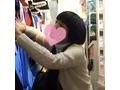 【パンチラ】私服J● 前髪ぱっつん黒髪の女子、イケナイお店に来店【隠し撮り】[TJS001-2+3]